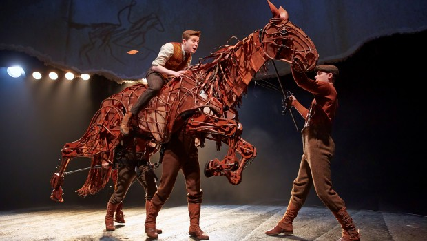 WAR HORSE London Cast 2014