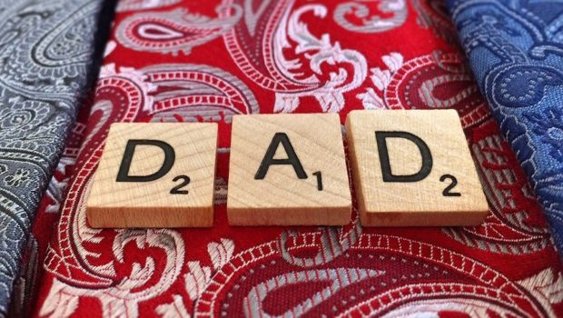 dad-798086_960_720